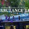 飛行機の家(Airplane Home)のTurbulence Liveに行く方法